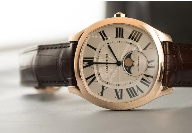 The Cartier has contained the iconic features of the brand.