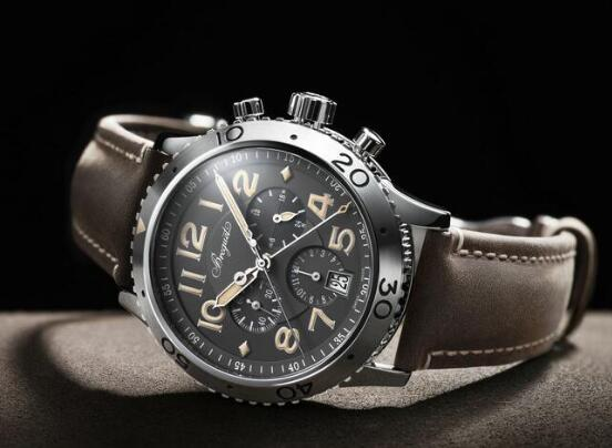The high level of technology and craftsmanship of the Breguet Type XX have been favored by numerous watch lovers.