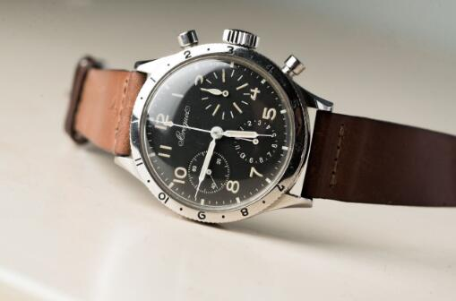 The earliest Breguet Type 20 watches were created for French Force.