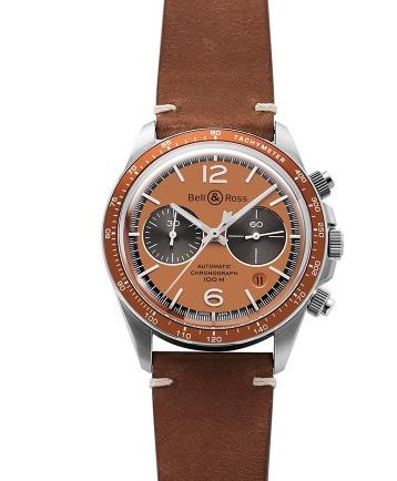 The integrated design of this timepiece is vintage and classic.
