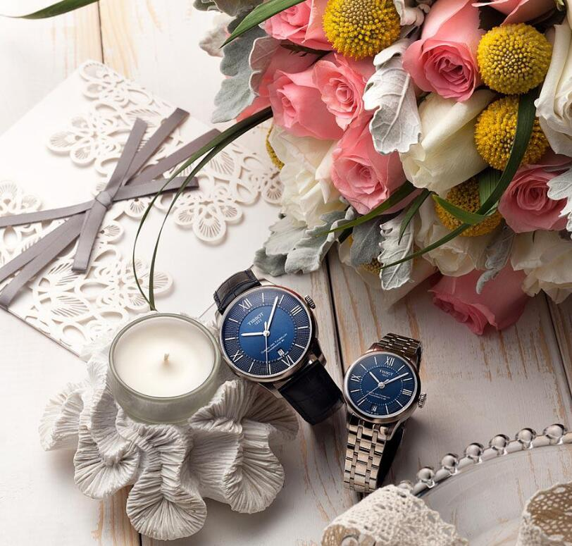 The blue dials Tissot couple watches are best choices for sweet couples to enhance the love between them.