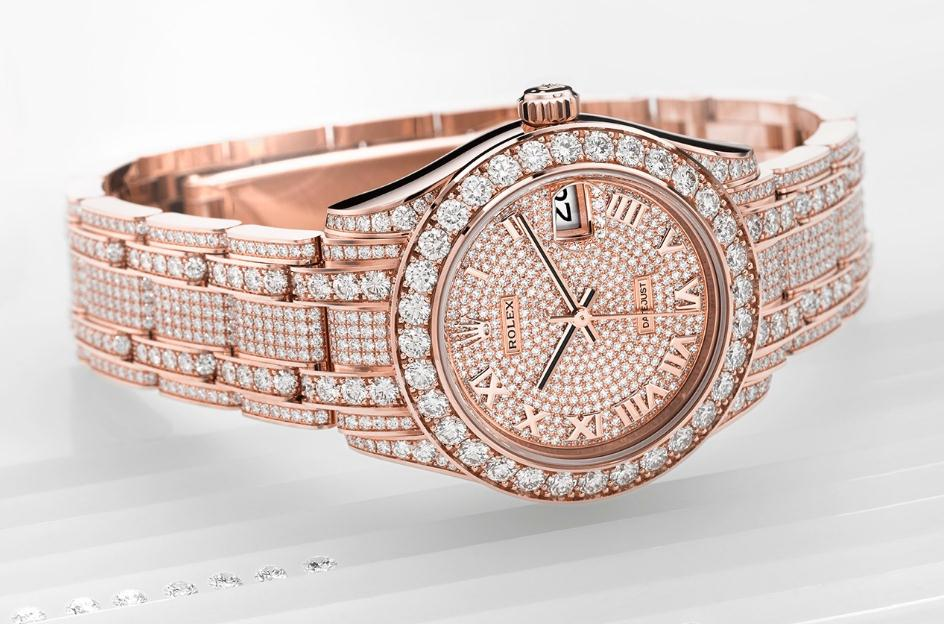 The 18ct everose gold fake watches are decorated with diamonds.