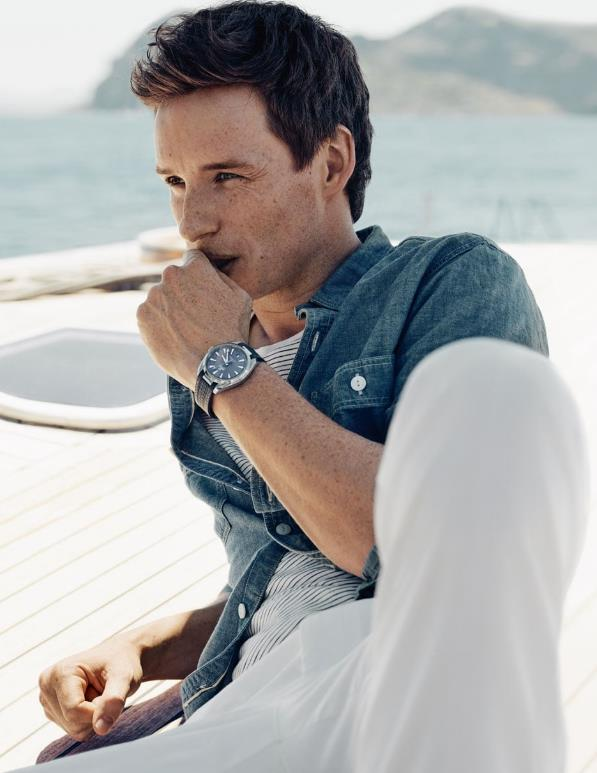 The 41 mm replica watches are designed for men.