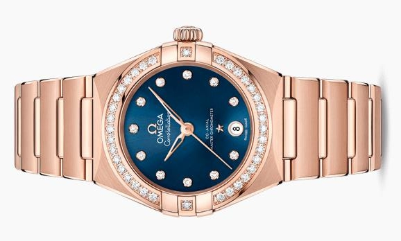 The luxury copy watches are decorated with diamonds.