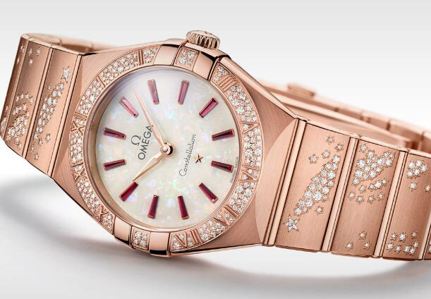 The opal dial adds the feminine touch to the model well.