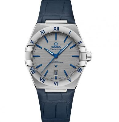 The Omega Constellation is good choice as formal watch for modern men.